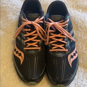 Saucony racing cross country athletic shoes